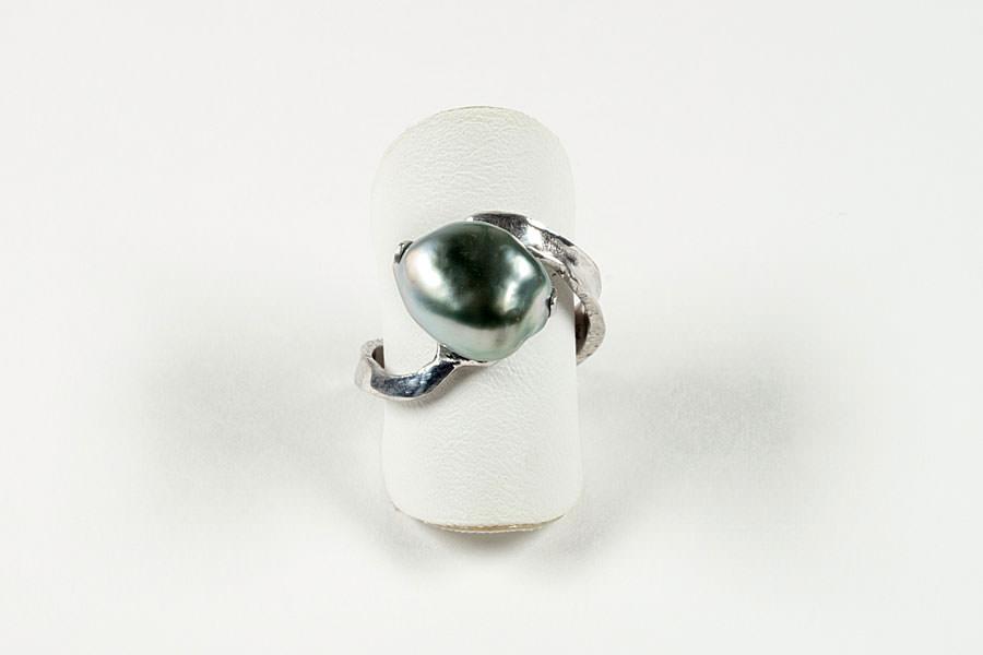 ring-tahitikeshiperle-goldschmiede-stoll-schmickdesign-binz-2